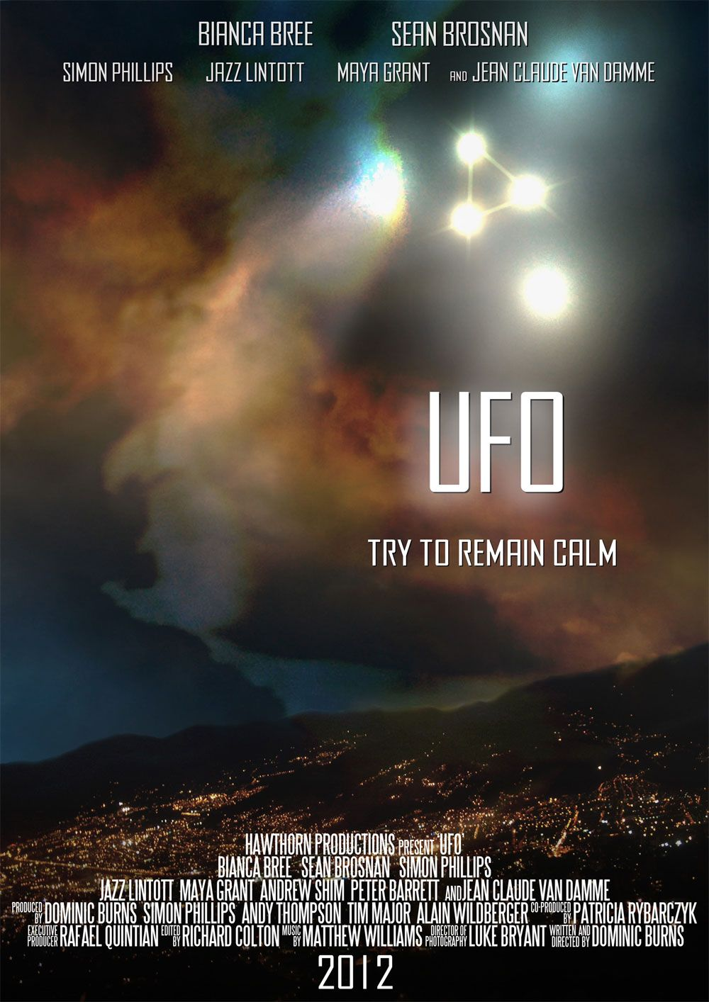 """ufooq - Jean-Claude Van Damme protagoniza en la película de ciencia ficción """"UFO"""""""