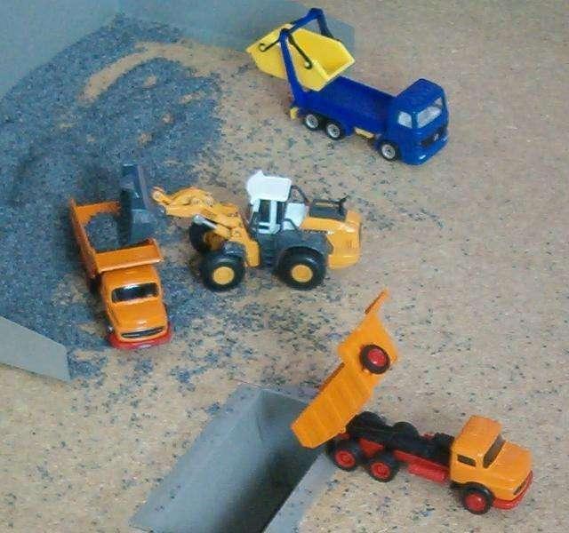 Baufahrzeuge & Traktoren Besorgt Siku John Deere Mähdrescher 1:87 *neu* Blechspielzeug